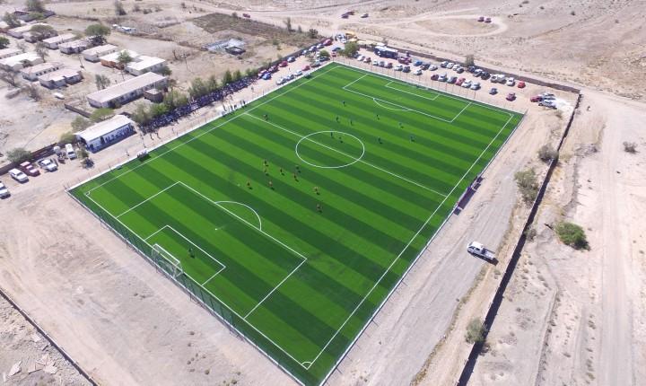 Inauguran cancha sintética de fútbol en Domeyko